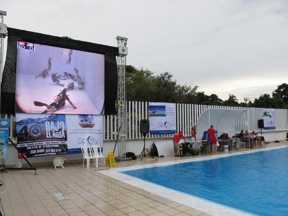 Livestream direkt am Becken (Foto: T.Stanschus)