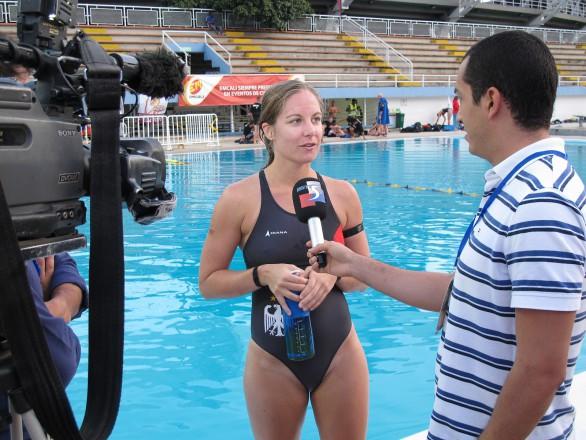 Mannschaftskapitänin Stefanie Nusser im Interview nach dem Spiel gegen die USA (Foto: T.Stanschus)